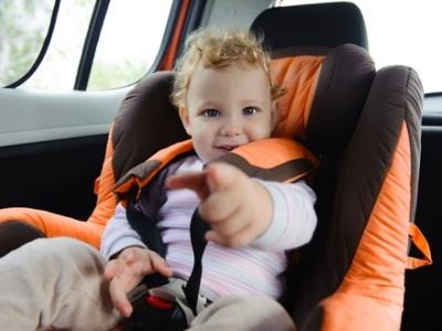 Ребёнок в машине: как избежать трагедии
